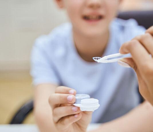 Kiedy dzieci mogą używać soczewek kontaktowych